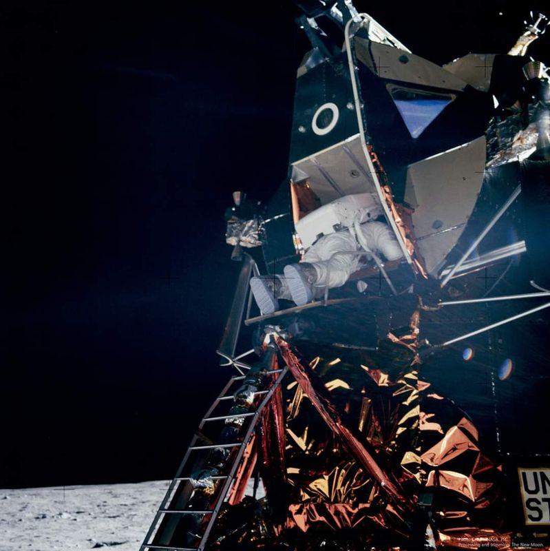 Apollo_11_63.jpg